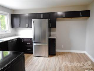 Duplex for sale in 76 Davidson CRESCENT, Saskatoon, Saskatchewan, S7L 4A1