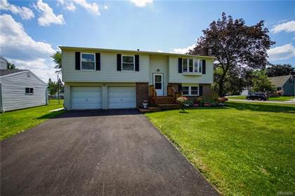 Residential Property for sale in 341 Fawn Trail, West Seneca, NY, 14224