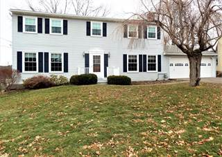 Single Family for sale in 15 Elmwood Dr, Owego Town, NY, 13732