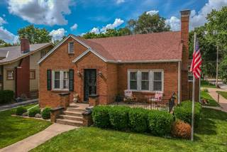 Single Family for sale in 1510 Jackson Street East, Bloomington, IL, 61701