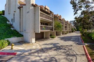 Townhouse for sale in 2504 Navarra Drive 206, Carlsbad, CA, 92009