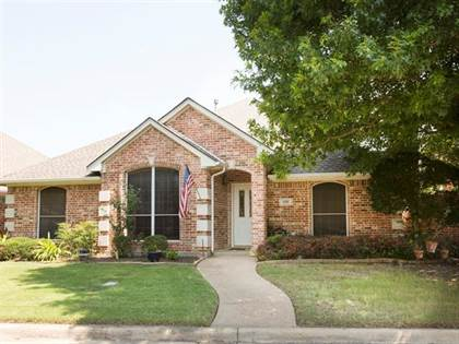 Residential for sale in 3105 Stornoway Trail, Arlington, TX, 76012