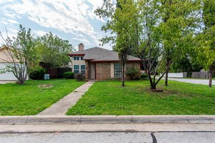 Residential Property for sale in 2400 Busch Drive, Arlington, TX, 76014