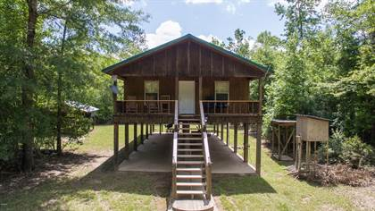 Residential Property for sale in 1050 Deep Creek Rd, Wiggins, MS, 39577