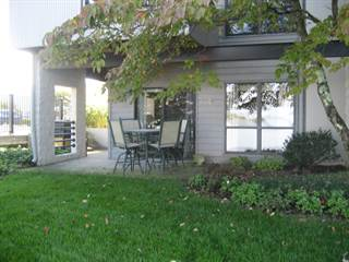 Condo for sale in 6605 Smith Mountain RD, Penhook, VA, 24137