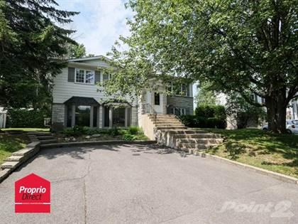 Residential Property for sale in 222 Rue Monseigneur-Charbonneau, Boucherville, Quebec, J4B2G6
