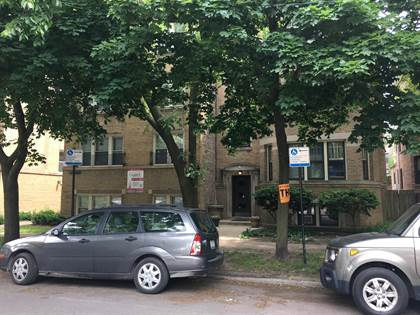 Apartment for rent in 6647 N Greenview Ave, Chicago, IL, 60626