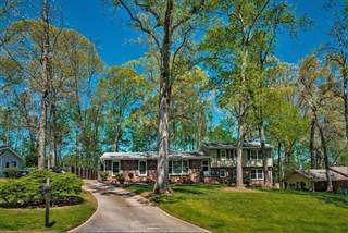 Single Family for sale in 100 Whispering Way NE, Sandy Springs, GA, 30328