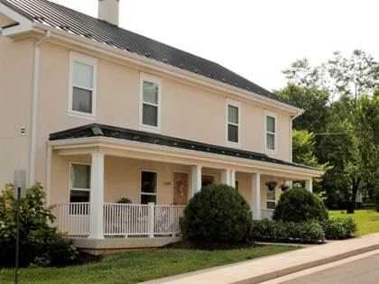 Apartment for rent in Managed thru Llewellyn, Middleburg, VA, 20117