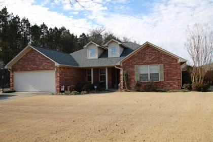 Residential for sale in 32 Herring Cove, Russellville, AR, 72802
