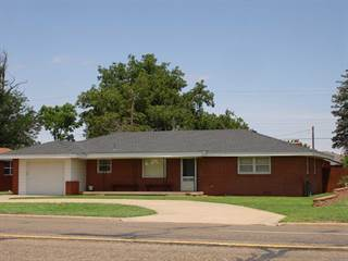 Residential Property for sale in 1006 W 5th St., Friona, TX, 79035