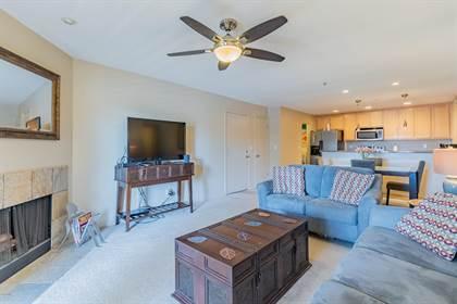 Residential Property for sale in 4704 E PARADISE VILLAGE Parkway 304, Phoenix, AZ, 85032