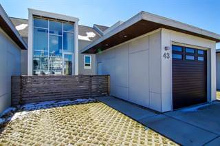 Townhouse for sale in 43 Windward Way, Ottawa, IL, 61350