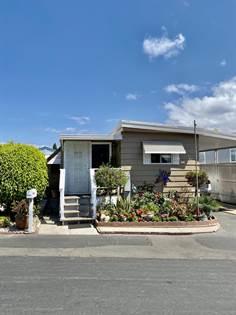 Residential for sale in 2151 Thrush Avenue, Oxnard, CA, 93033
