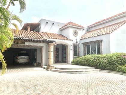 Residential Property for sale in Estancias de Torrimar, Guaynabo, PR, 00966