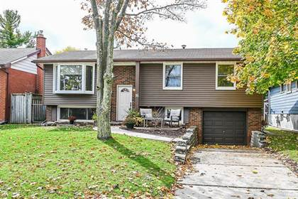 Residential Property for sale in 16 SANCTUARY Drive, Dundas, Ontario, L9H 3Y8