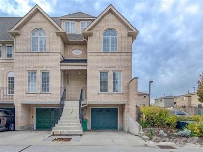Condominium for sale in 80 Strathaven Dr, Mississauga, Ontario, L5R3V9