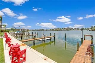 Condo for sale in 3200 Gulf Shore BLVD N 204, Naples, FL, 34103