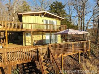 Single Family for sale in 439 Comanche Road, Village of Four Seasons, MO, 65049