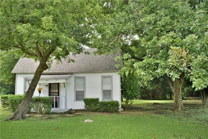 Residential Property for sale in 601 S Main Street, West, TX, 76691