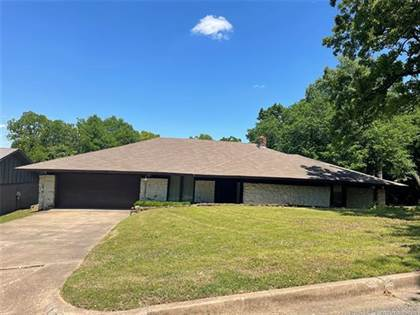 Residential Property for sale in 3455 E 75th Place, Tulsa, OK, 74136