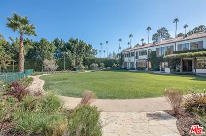 Residential Property for sale in 706 N Canon Dr, Beverly Hills, CA, 90210