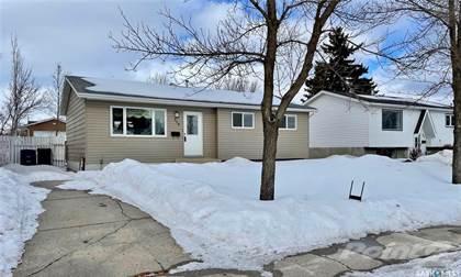Residential Property for sale in 310 Meighen CRESCENT, Saskatoon, Saskatchewan, S7L 2W6
