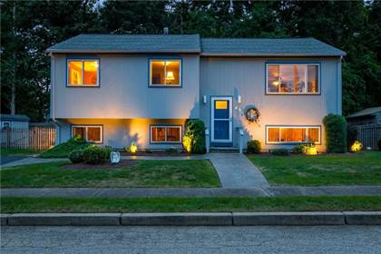 Residential Property for sale in 45 Brett Court, Warwick, RI, 02886