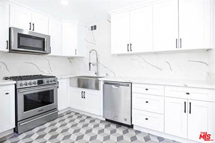 Residential Property for rent in 9761 Via Pavia, Los Angeles, CA, 91504