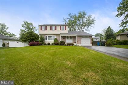 Residential Property for sale in 104 HILLTOP COURT, Cherry Hill, NJ, 08003