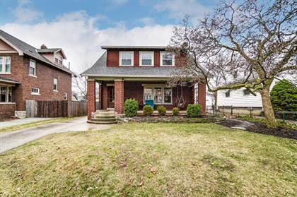 Residential for sale in 90 Oakland Park Avenue, Columbus, OH, 43214