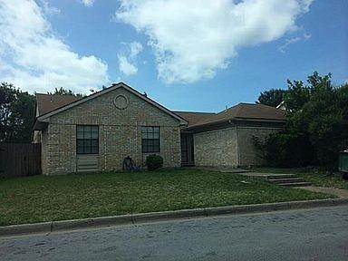 Residential Property for sale in 2406 Sunflower Drive, Arlington, TX, 76014