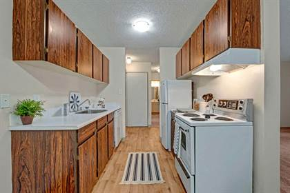 Apartment for rent in 8808 - 165th St. SE, Edmonton, Alberta, T5R 2R9
