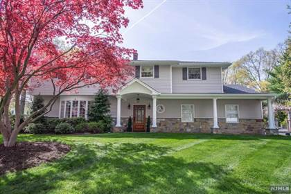 Residential Property for sale in 779 Albemarle Street, Wyckoff, NJ, 07481