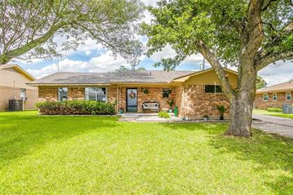 Residential Property for sale in 332 Country Club Drive, Hillsboro, TX, 76645