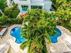 Townhouse for rent in 290 Fernwood Road 292, Key Biscayne, FL, 33149