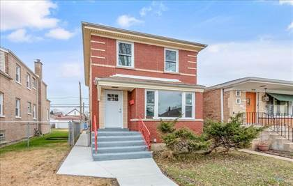 Residential for sale in 10144 South Carpenter Street, Chicago, IL, 60643