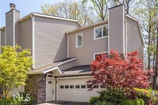 Townhouse for sale in 62 Basswood Cir, Sandy Springs, GA, 30328