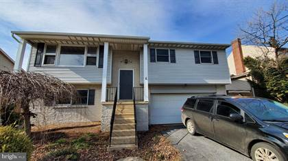 Residential for sale in 609 E MAIN STREET, New Holland, PA, 17557