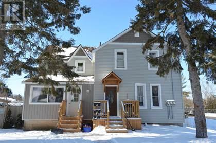 Multi-family Home for sale in 190 Victoria AVE, Gananoque, Ontario, K7G2S1