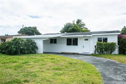 Residential Property for sale in 2760 SW 3rd Ct, Fort Lauderdale, FL, 33312