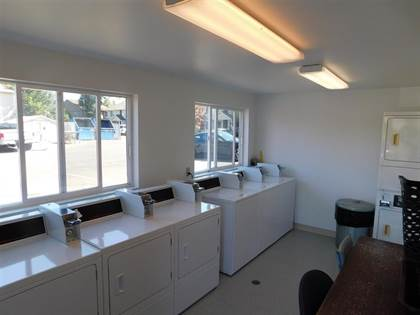Apartment for rent in 950 North 2nd Street, Silverton, OR, 97381