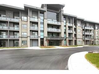 Condo for sale in 35 Southshore Crescent 223, Stoney Creek, Ontario