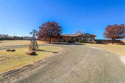Residential for sale in 410 Smith Street, Sudan, TX, 79371
