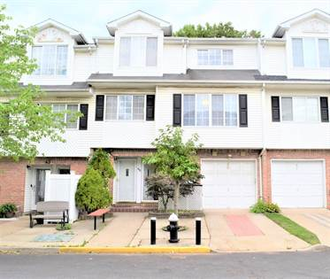 Residential Property for sale in 45 Red Cedar Lane, Staten Island, NY, 10309