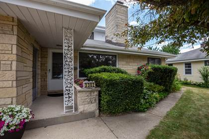 Residential Property for sale in 3302 S 53rd St, Milwaukee, WI, 53219