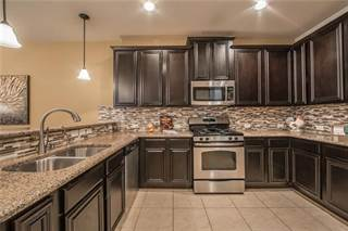 Townhouse for sale in 8716 Papa Trail, McKinney, TX, 75070