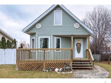 Residential Property for sale in 825 Athabasca STREET E, Moose Jaw, Saskatchewan, S6H 0M6