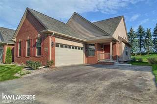 Condo for sale in 6920 Stonewood Place Drive, Independence Township, MI, 48346