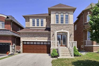 Residential Property for sale in 486 Kwapis Blvd N, Newmarket, Ontario, L3X3K5